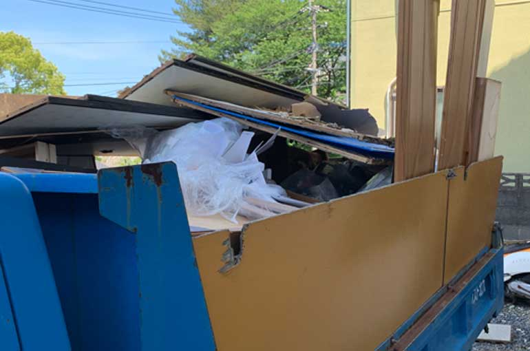 引越しごみを2トン車パックで回収