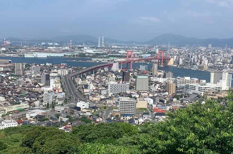 高塔山展望台からの風景